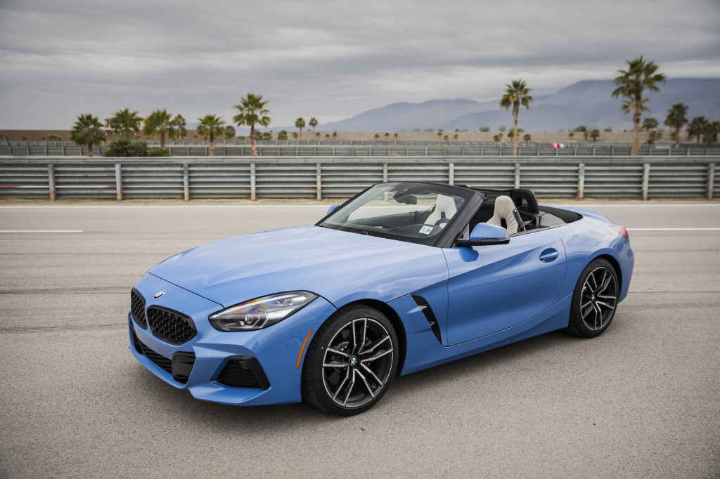 first drive review the 2019 bmw z4 sdrive30i revives the. Black Bedroom Furniture Sets. Home Design Ideas