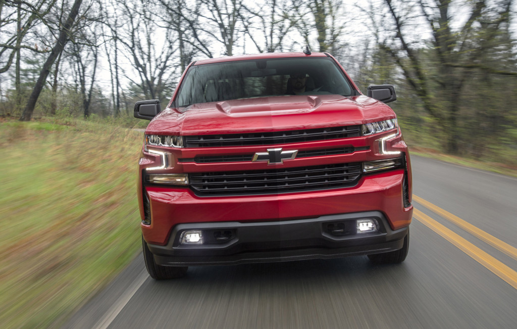 Chevy adds turbocharged gas and diesel options to Silverado 1500