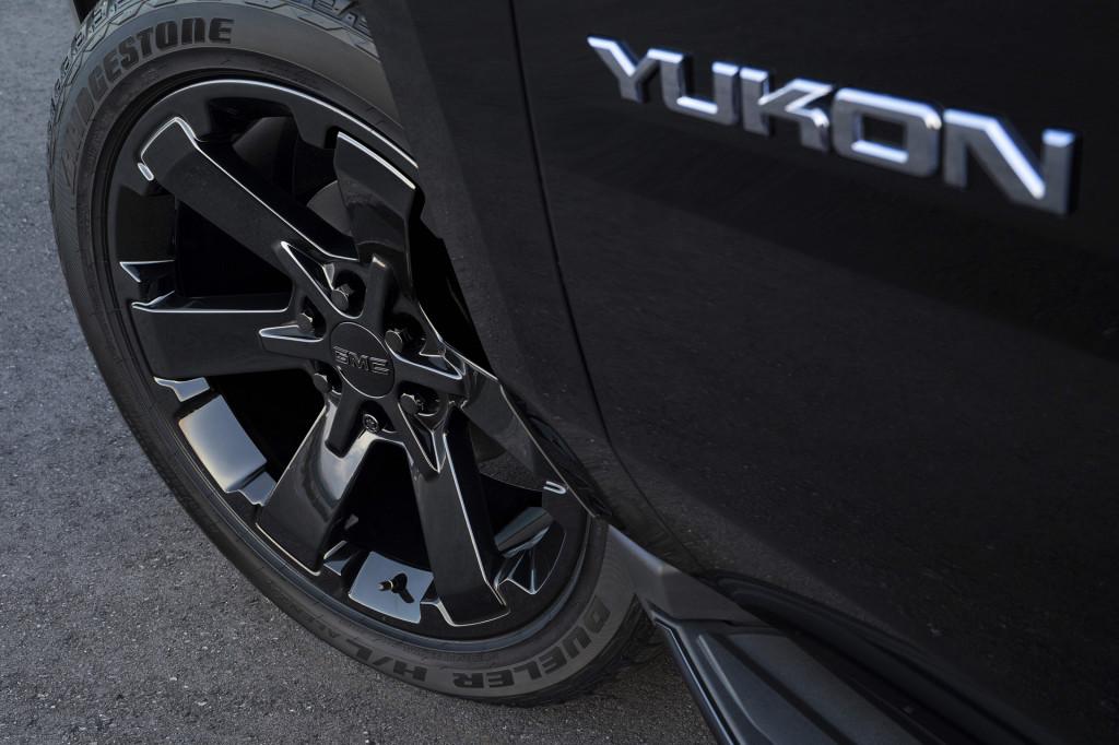 2019 GMC Yukon Graphite Editions add dark hues, dose of performance