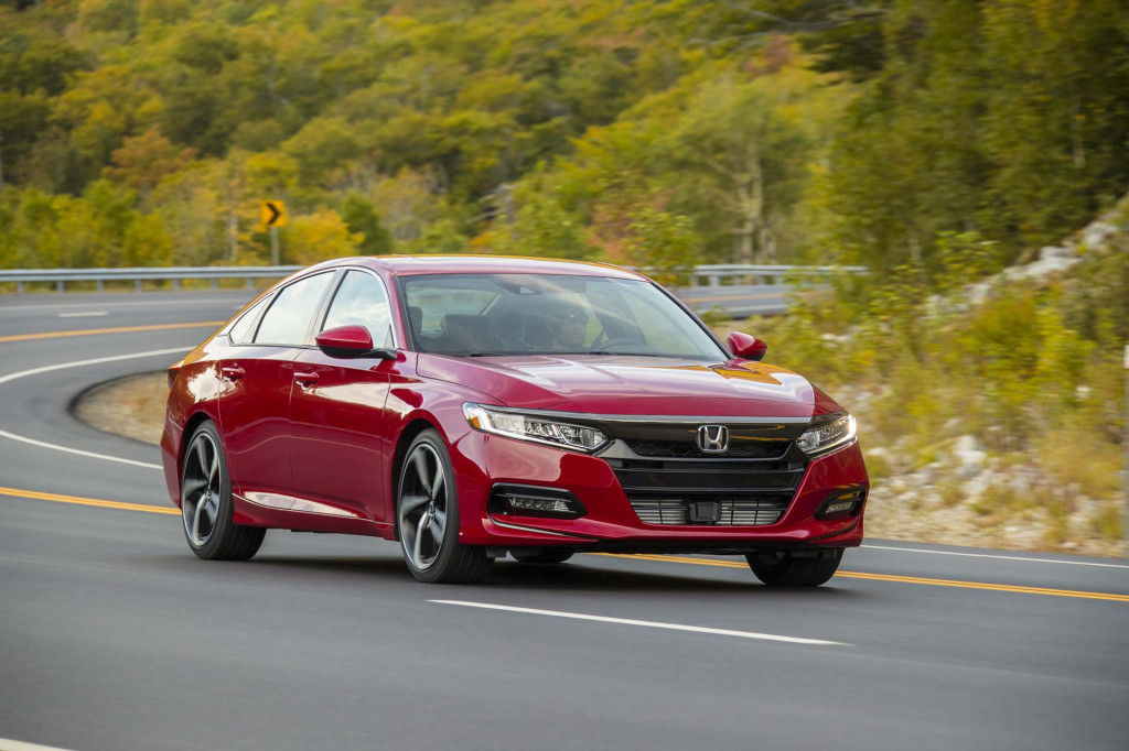 2019 Honda Accord vs. 2019 Toyota Camry: Compare Cars