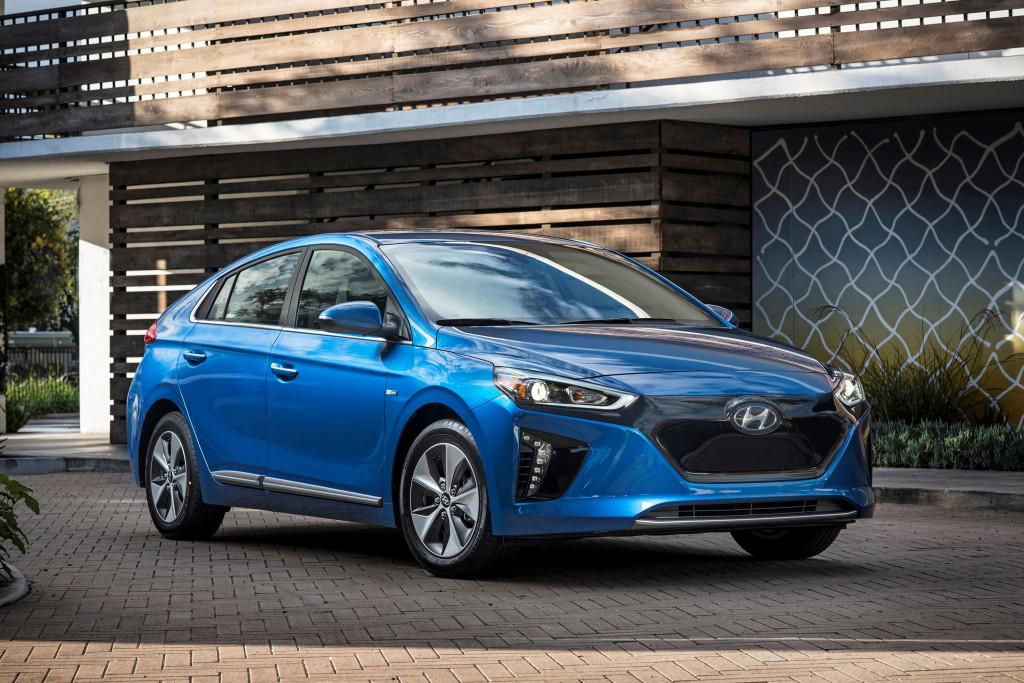 2019 Hyundai Ioniq Review Ratings Specs Prices And Photos The