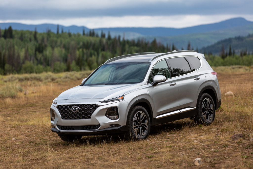 2019 Hyundai Santa Fe earns top marks in latest crash tests