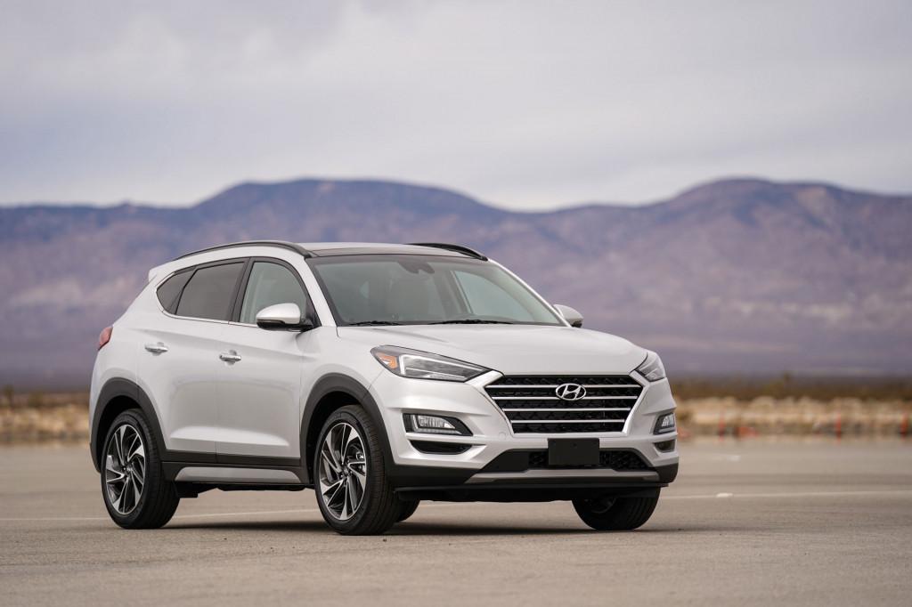 2019 Hyundai Tucson headlights tweaked, earns Top Safety Pick+ award