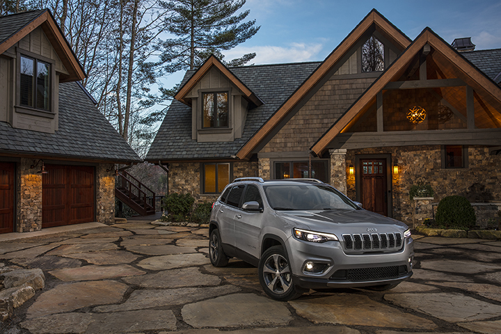 Jeep Renegade and Cherokee recalled for fuel pressure, transmission problems