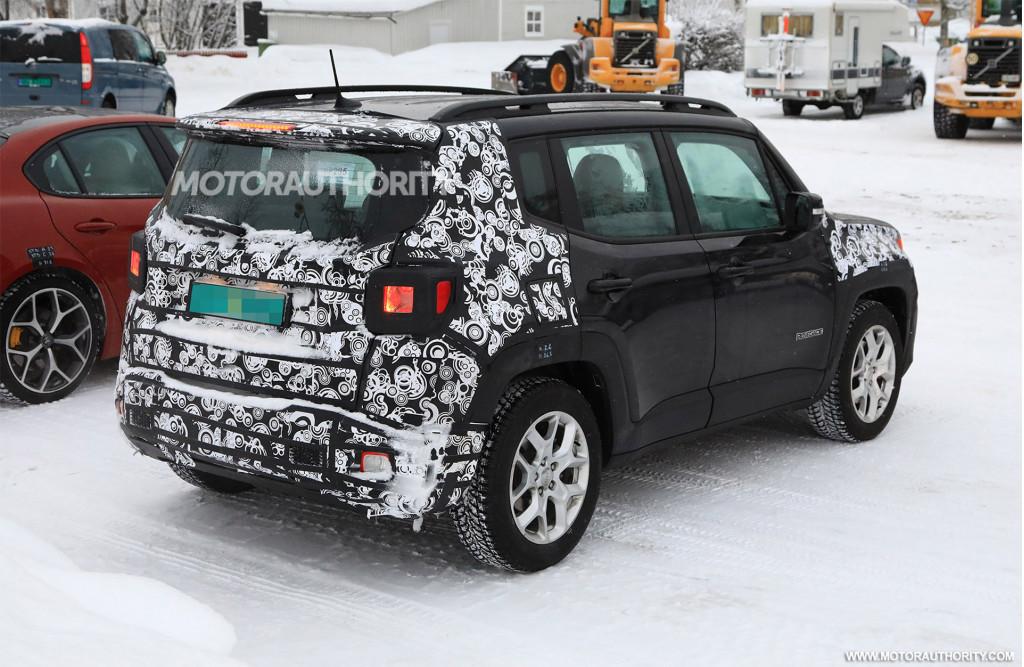 2019 Jeep Renegade spy shots