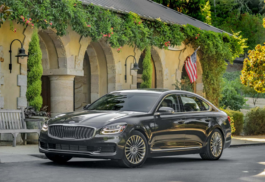 2019 Kia K900 first drive review: Tighter and more European