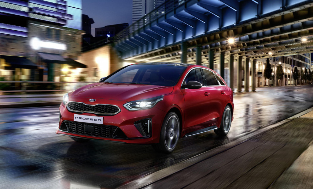 Production Kia ProCeed fails to resemble handsome concept