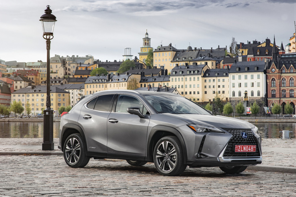 2019 Lexus UX (UX250h E-Four hybrid)