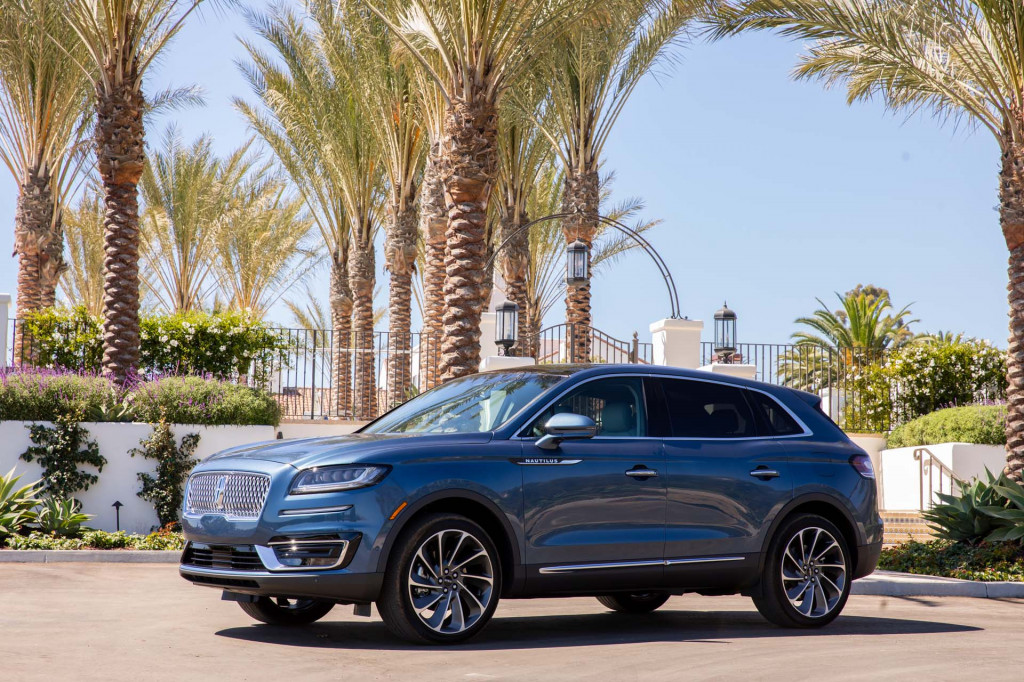 2019 Lincoln Nautilus recalled to remind drivers to keep hands on the wheel