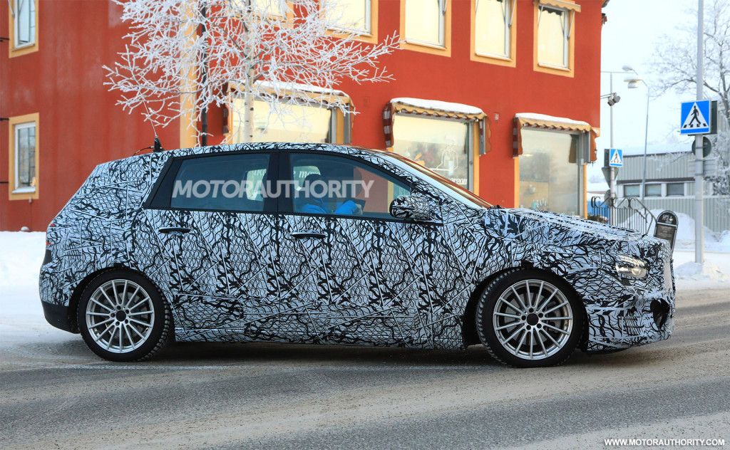 2019 Mercedes-Benz B-Class spy shots