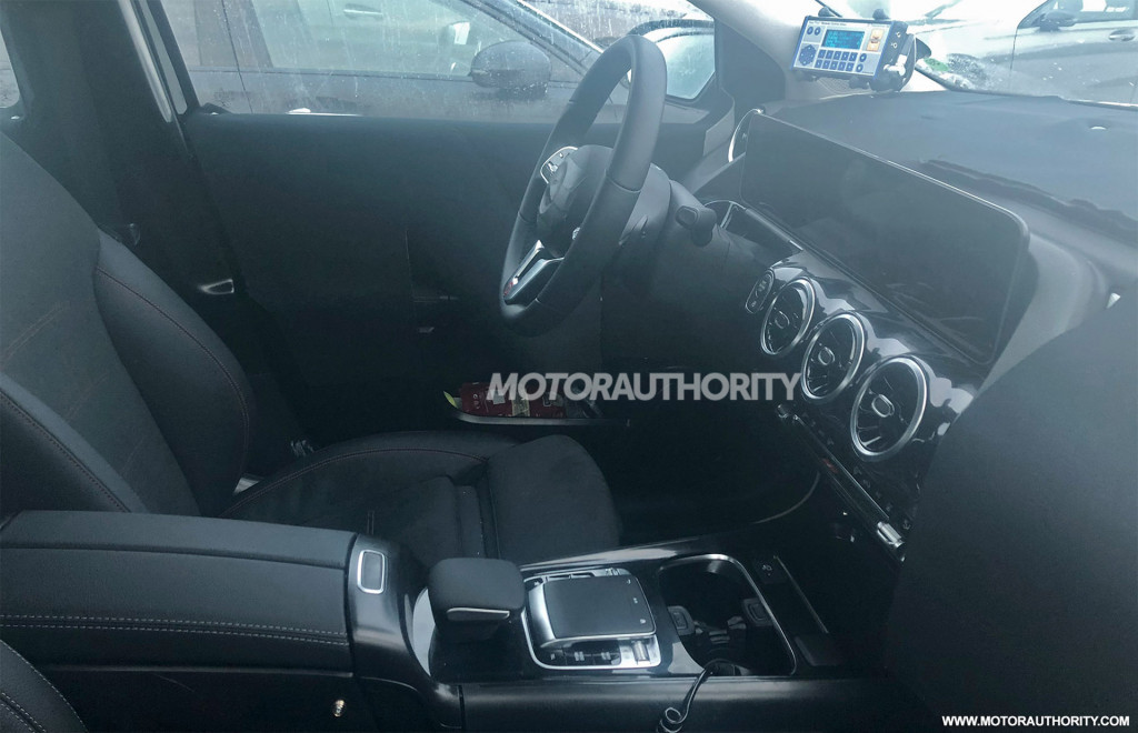 2019 Mercedes-Benz B-Class spy shots
