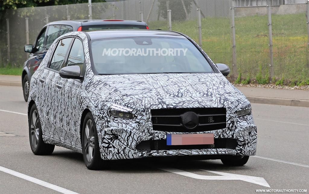 2019 Mercedes-Benz B-Class spy shots and video