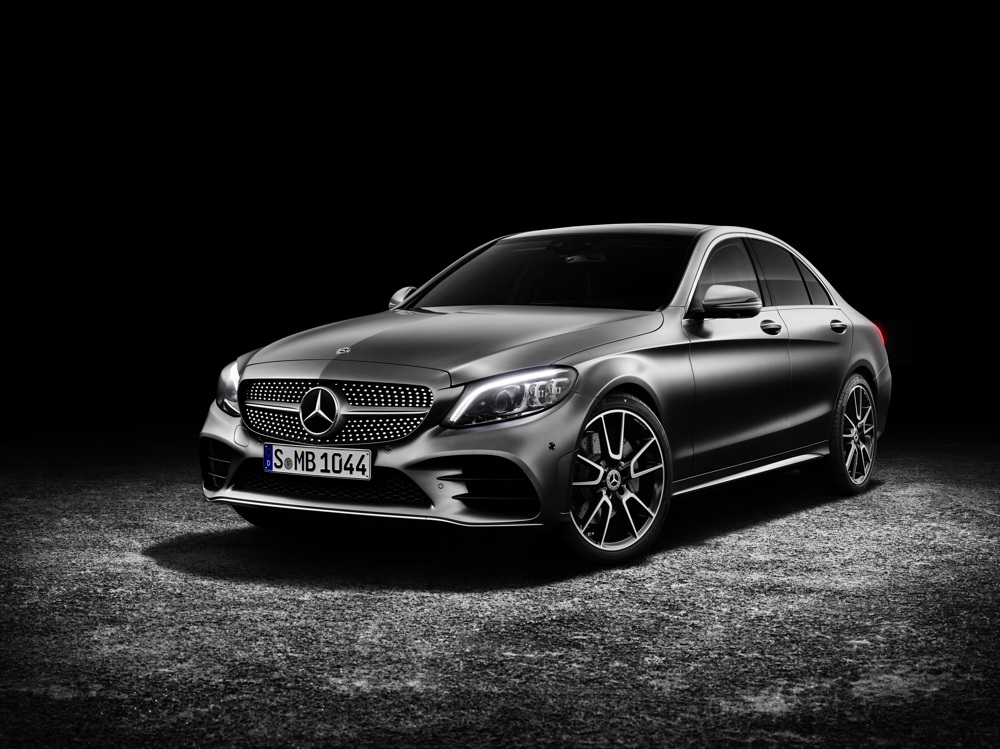 Refreshed and more powerful 2019 Mercedes-Benz C-Class sedan coming to Geneva