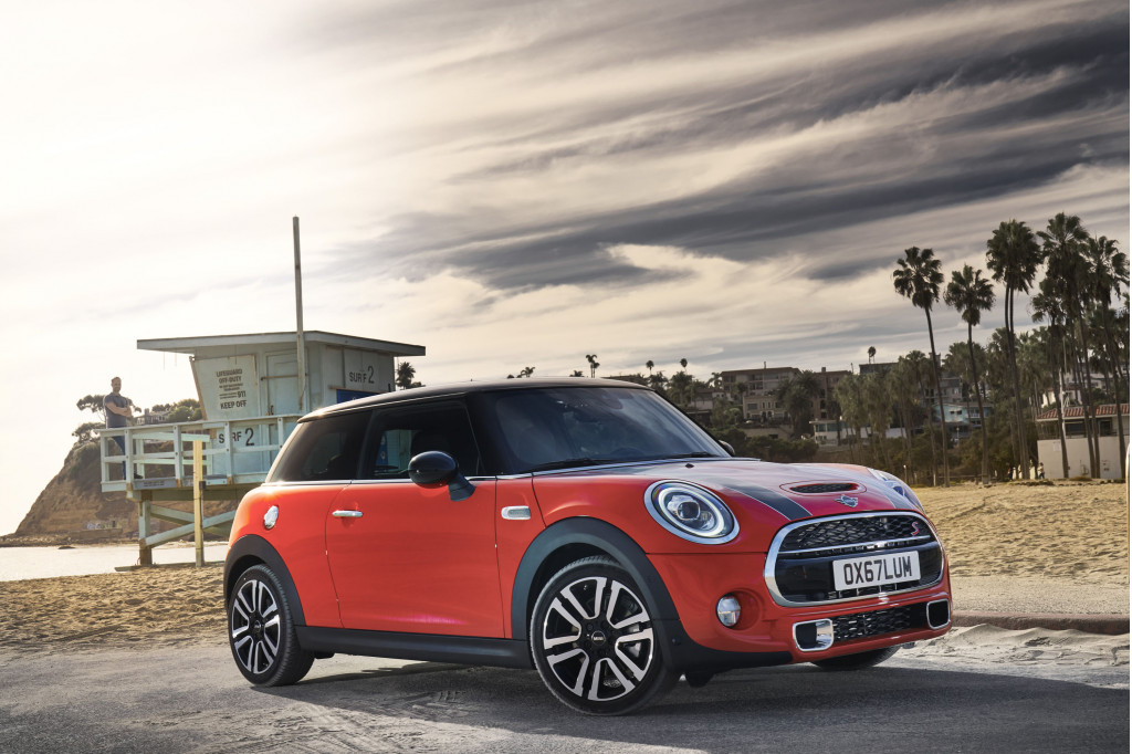 Meet the new 2019 Mini Cooper, same as the old Mini