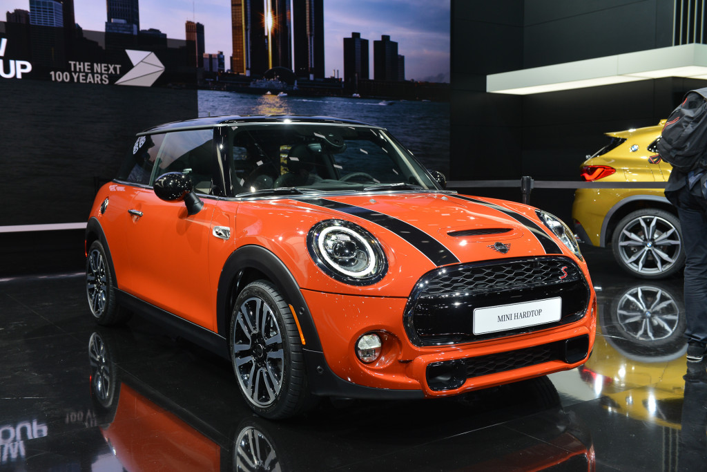Revamped 2019 Mini Cooper proudly channels brand's heritage