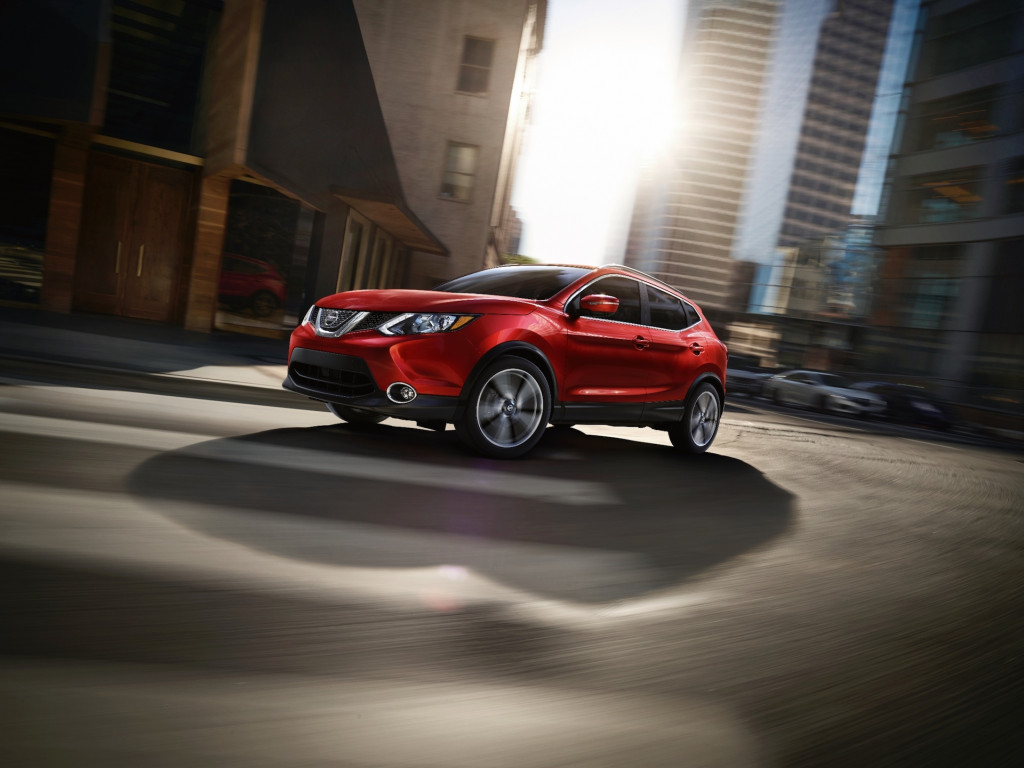 2019 nissan rogue sport adds tech, costs $23,235