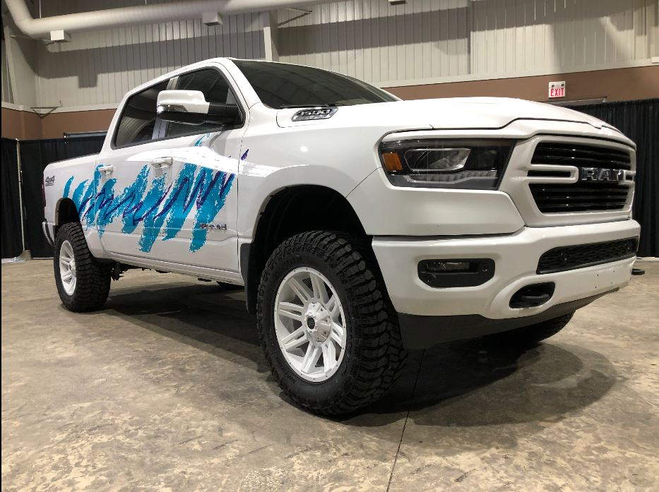 This 2019 Ram 1500 is so '90s it hurts