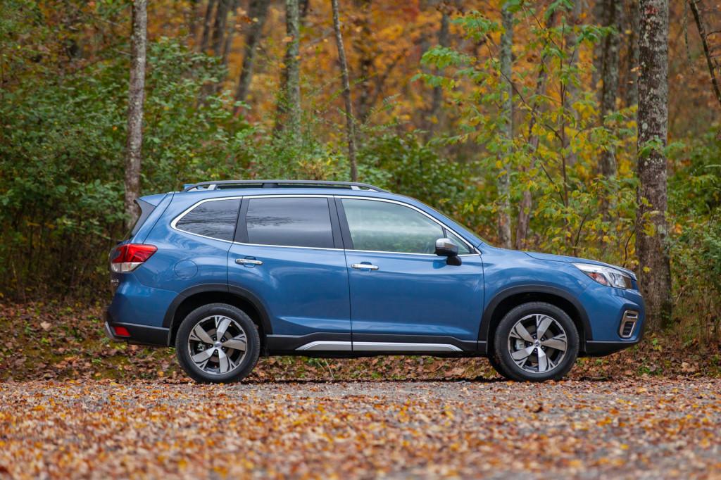 2019 Toyota RAV4 vs. 2019 Subaru Forester: Compare Cars