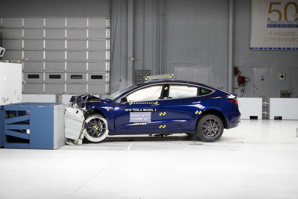 Tesla Model 3 top safety rating restored by IIHS