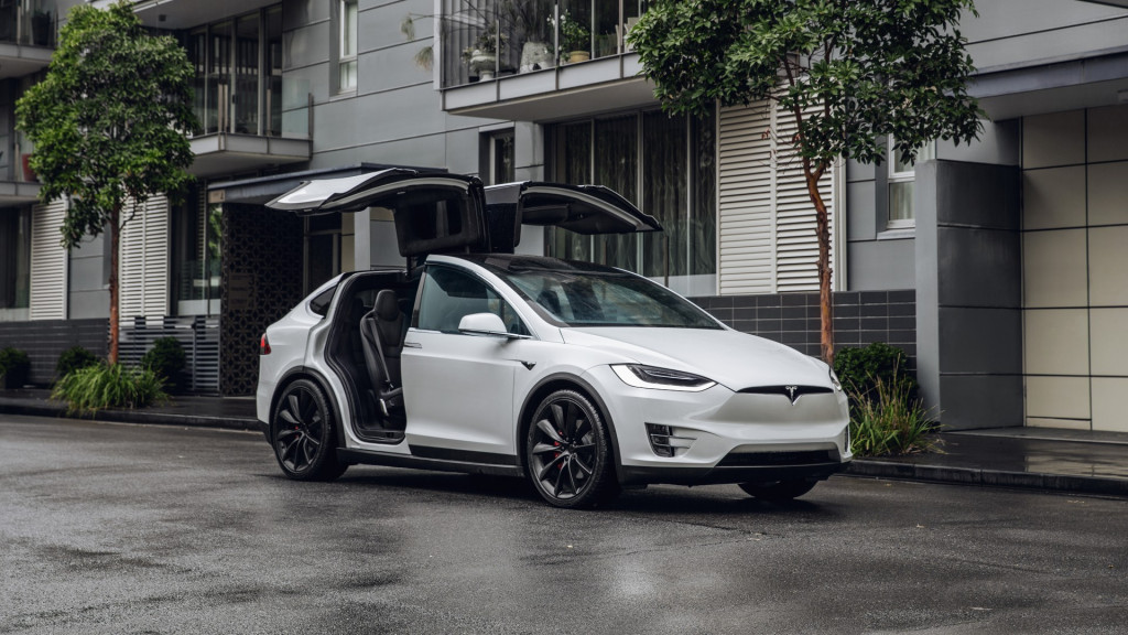 2019 Tesla Model X Review Ratings Specs Prices And Photos The