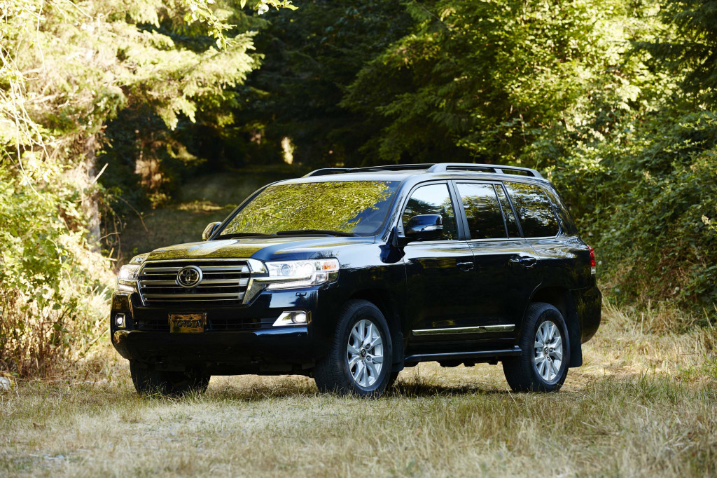 2019 Toyota Land Cruiser Review Ratings Specs Prices And Photos The Car Connection