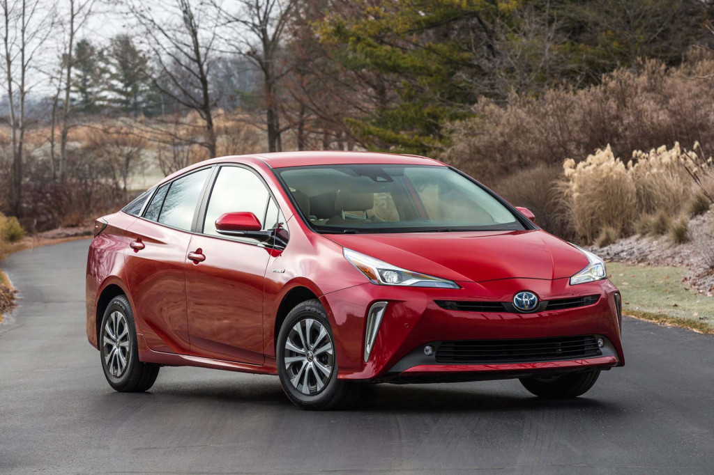2005 Toyota Prius Review, Ratings, Specs, Prices, and Photos