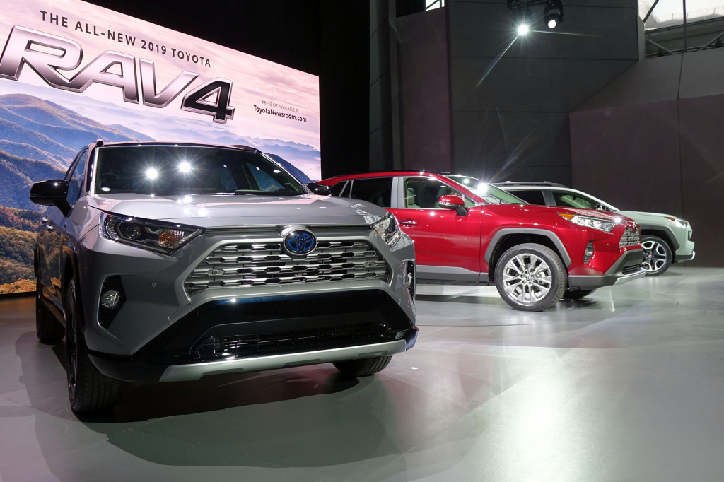 2019 Toyota RAV4, Lincoln Aviator, VW's California ...