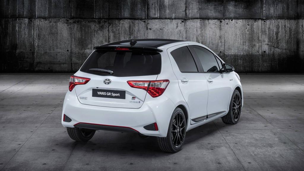 Toyota Yaris GR Sport revealed at 2018 Paris auto show