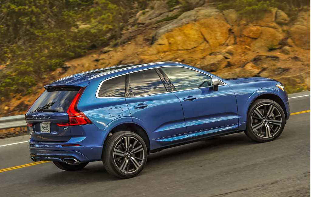 Volvo Xc60 Recalled Vw S Electric Future Jeep Plug In Hybrids What New The Car Connection