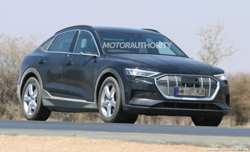 2020 Audi E-tron Sportback spy shots and video