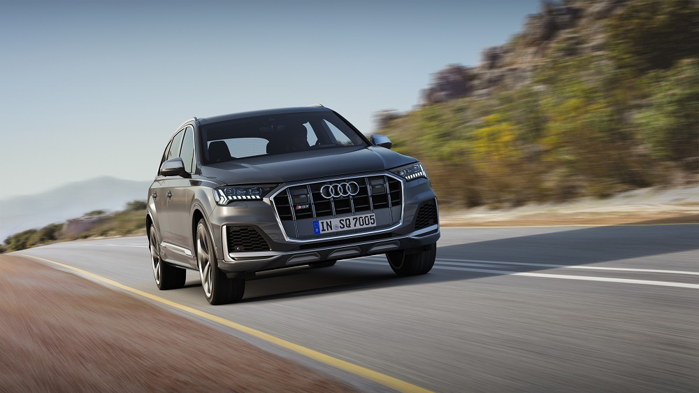 The $85,795 2020 Audi SQ7 is a 155-mph luxury school bus