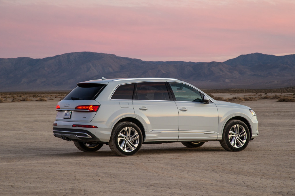 Audi Q7 recalled for insufficient padding