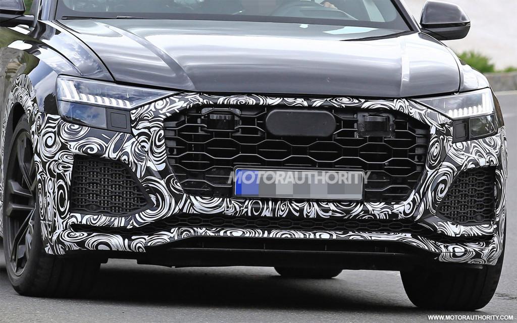 2020 Audi RS Q8 spy shots