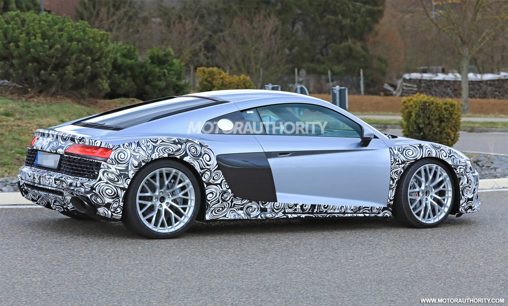 2020 Audi R8 spy shots and video