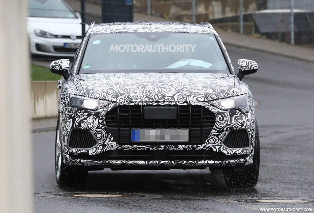 2020 Audi RS Q3 spy shots and video