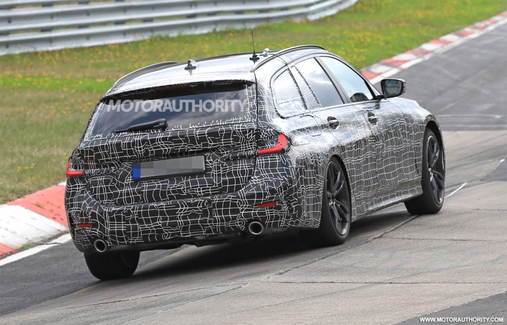 2020 BMW 3-Series Sports Wagon spy shots and video