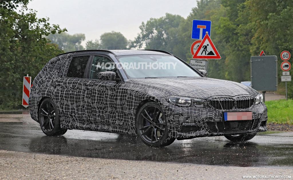 2020 BMW 3-Series Sports Wagon spy shots