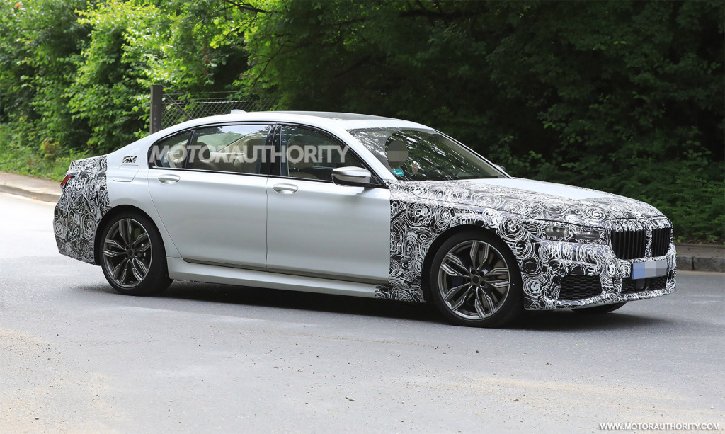 2020 BMW 7-Series spy shots