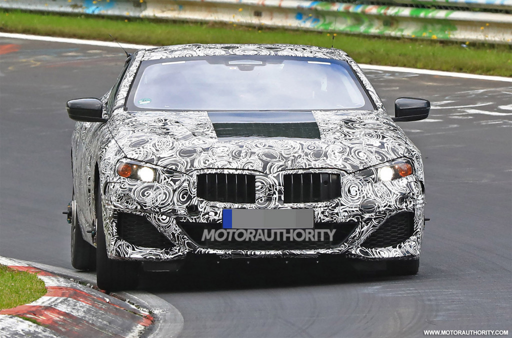 2020 BMW 8-Series spy shots and video