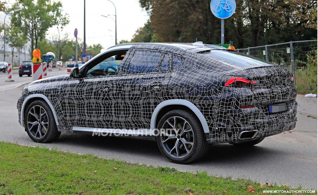 2020 BMW X6 spy shots - Image via S. Baldauf/SB-Medien