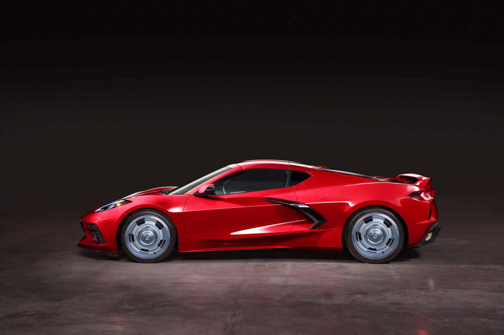 Mid-engine 2020 Chevrolet Corvette reportedly not getting chrome wheel option