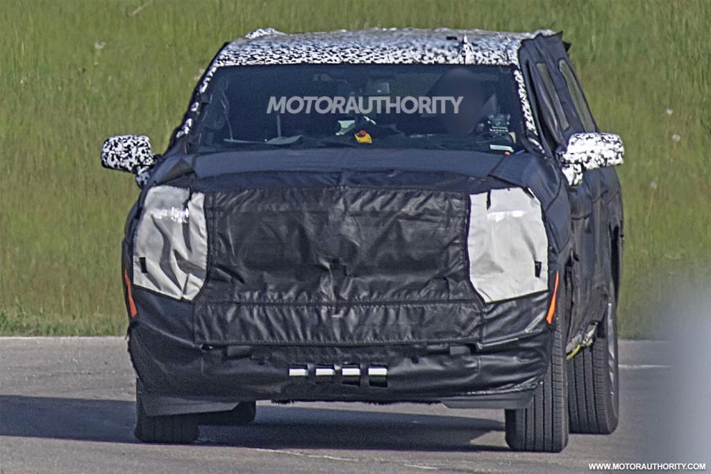 2020 Chevrolet Suburban Spy Shots Autozaurus