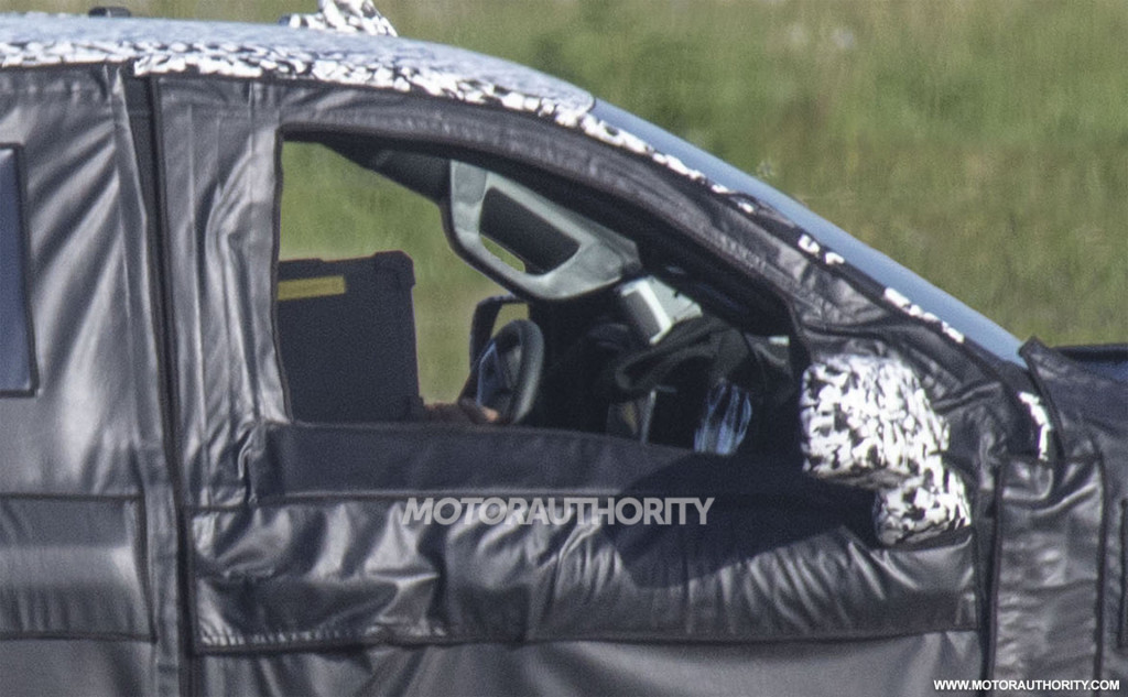 2021 Chevrolet Suburban spy shots