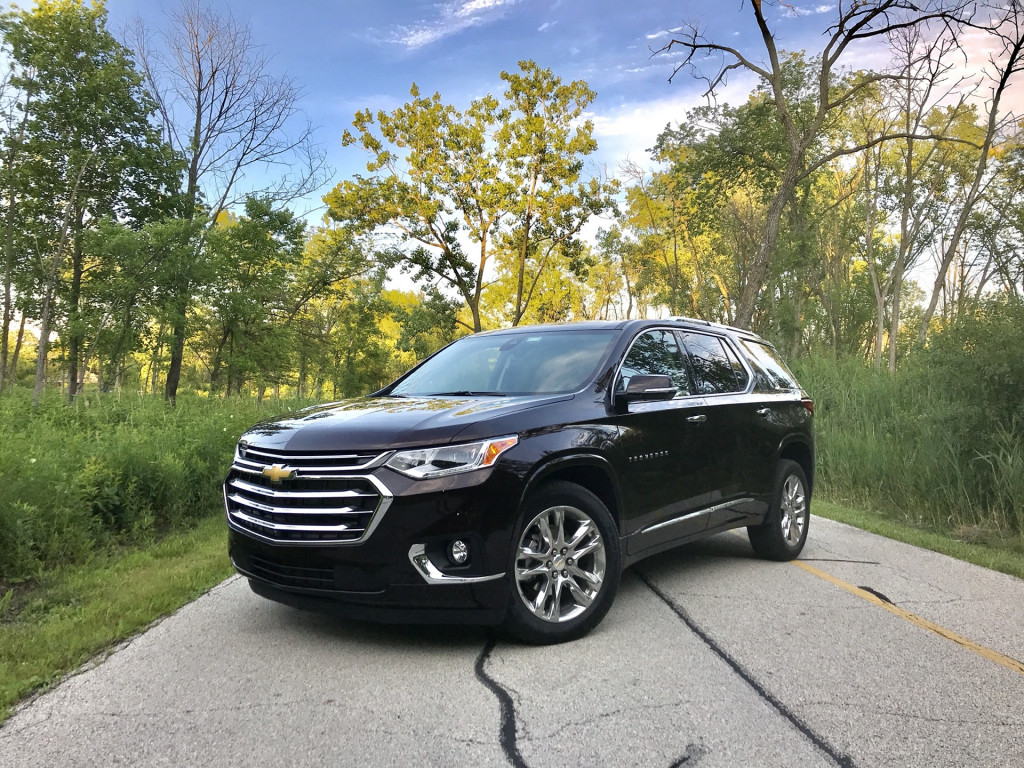 Review update: 2020 Chevy Traverse High Country climbs suburban peaks and valleys
