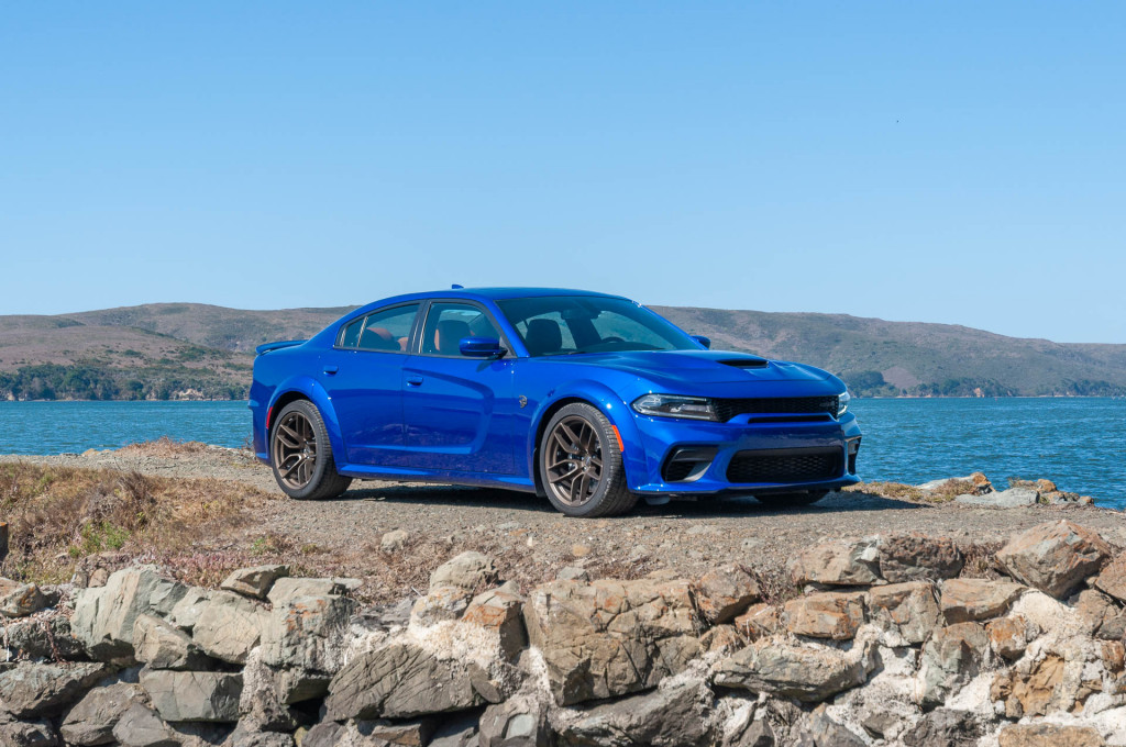 First drive review : The 2020 Dodge Charger Hellcat Widebody is thick with excess