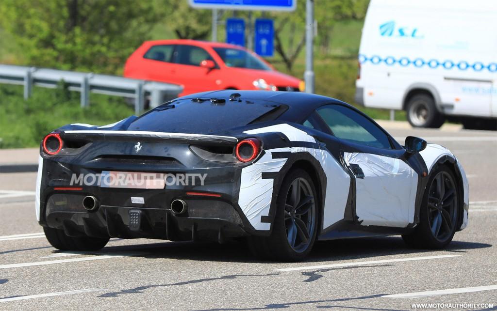 2020 Ferrari 488 successor test mule spy shots - Image via S. Baldauf/SB-Medien