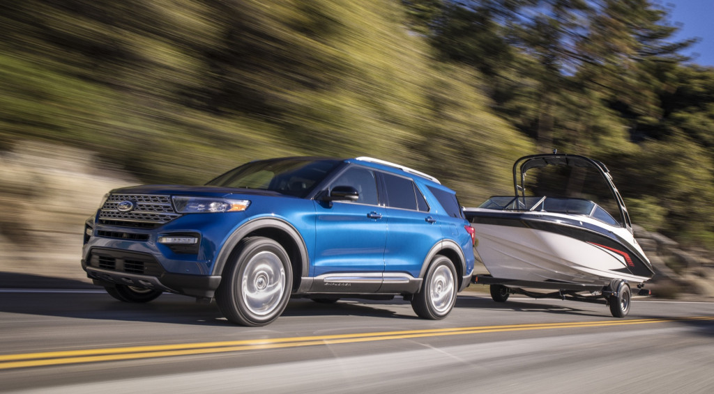 2020 Ford Explorer Hybrid rated at up to 28 mpg combined