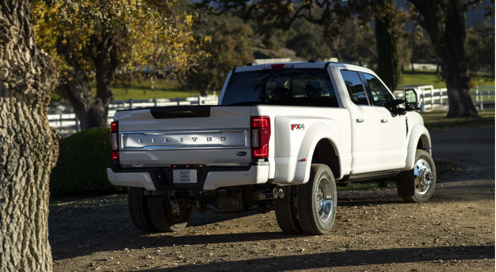 2020 Ford F-450 Powertrain, Platinum, Super Duty, And Release Date >> 2020 Ford F 250 Super Duty Revealed More Power More Gears More Tech