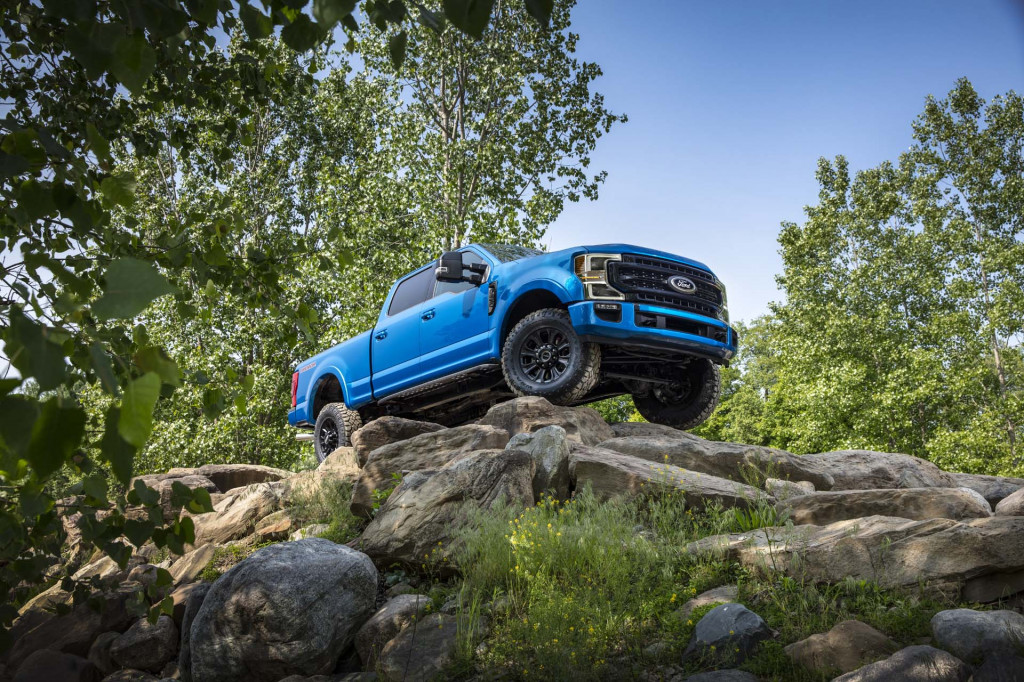 2020 Ford Super Duty F-250 Tremor Off-Road Package