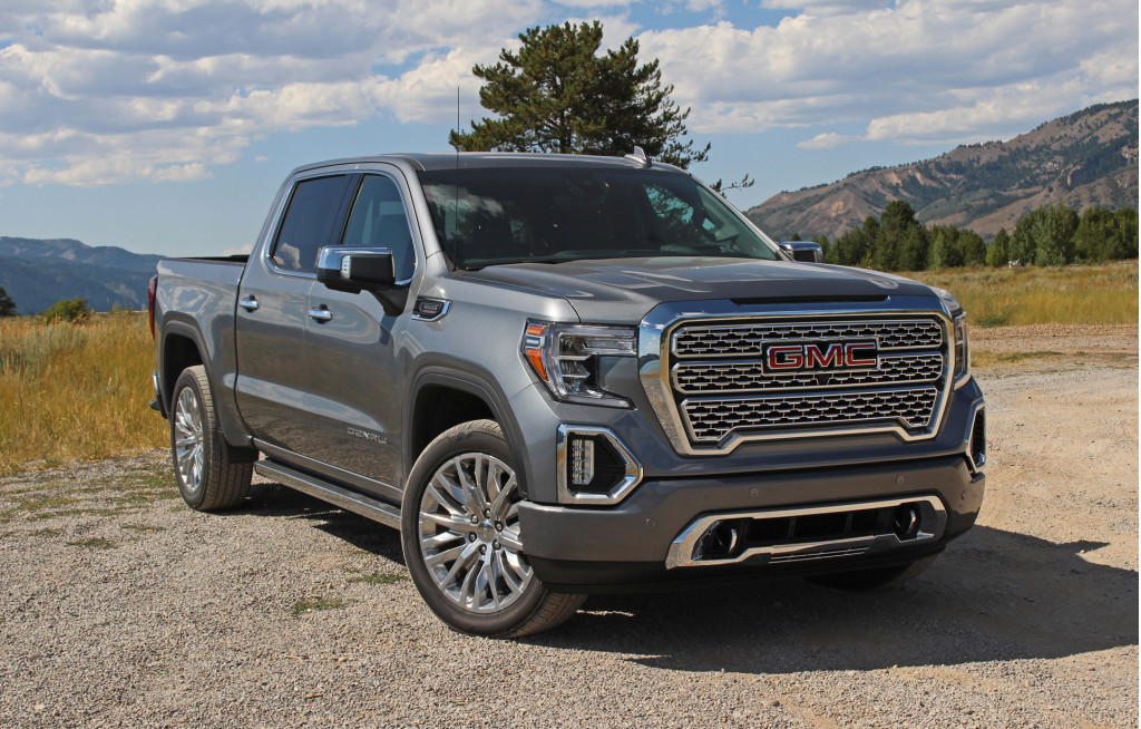 The 2020 GMC Sierra 1500 Duramax diesel pickup is a V-8 alternative